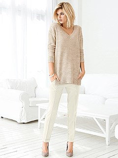 V-Neck Sweater product image (357863.SA.1.HE.357860.OFWH.1.HE)