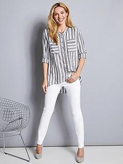 Pocket Detail Jeans product image (394358.WHST.2.392319.EC.3)