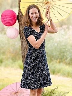Minimalist Pattern Round Neckline Dress product image (395621.NVPR.4.P)