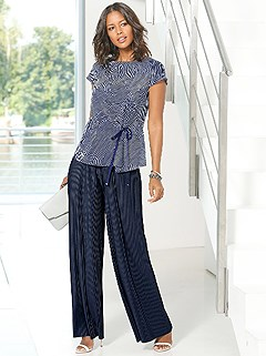 Printed Side Tie Blouse product image (395788.NVPR.1.395789.NV.1)
