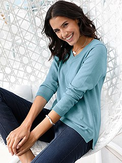V-Neck Knitted Sweater product image (406647.TQ.3.P)