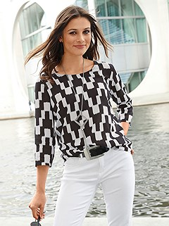 Patterned 3/4 Sleeve Blouse product image (438840.BWPR.1_P)