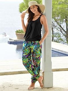 Palm Print Beach Pants product image (929911.MU.3.1_WithBackground)